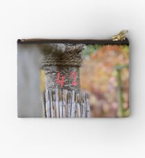 42 - the answer to all questions Studio Pouch