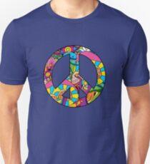 Magic mushroom pattern hippie peace symbol  T-Shirt