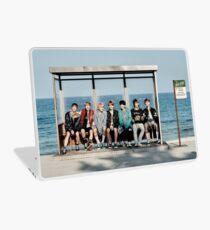 BTS - YOU NEVER WALK ALONE GROUP #1 Laptop Folie