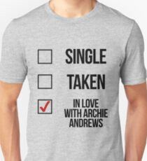 Single, Taken, In love with Archie Andrews Unisex T-Shirt