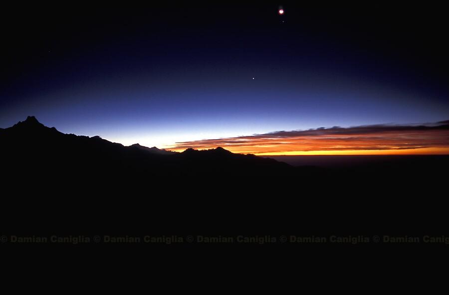 Sunrise, Annapurna Region, Nepal by damiancaniglia