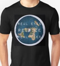 Flat earth flat is fact T-Shirt