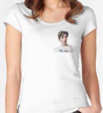 isak - skam Women's Fitted Scoop T-Shirt