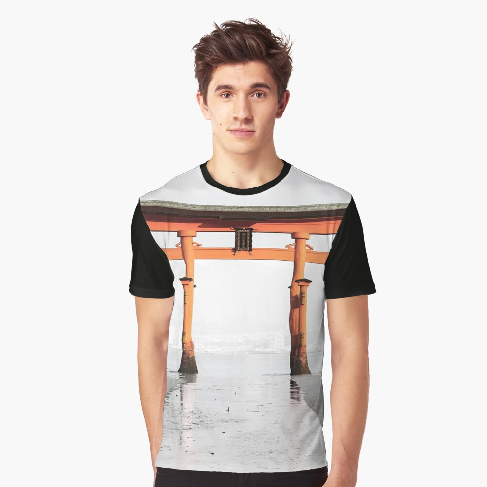 T-shirt graphique « Torii Japon»