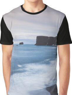 Dyrhólaey Graphic T-Shirt