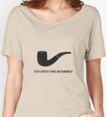 Ceci n'est pas un Banksy Women's Relaxed Fit T-Shirt