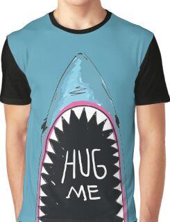 HUG ME Graphic T-Shirt