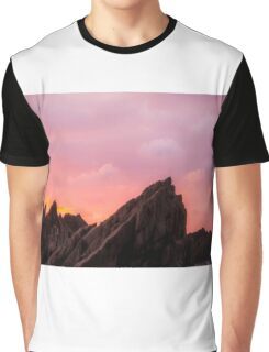 Sunset over Wildersmouth Beech, Ifracombe Graphic T-Shirt