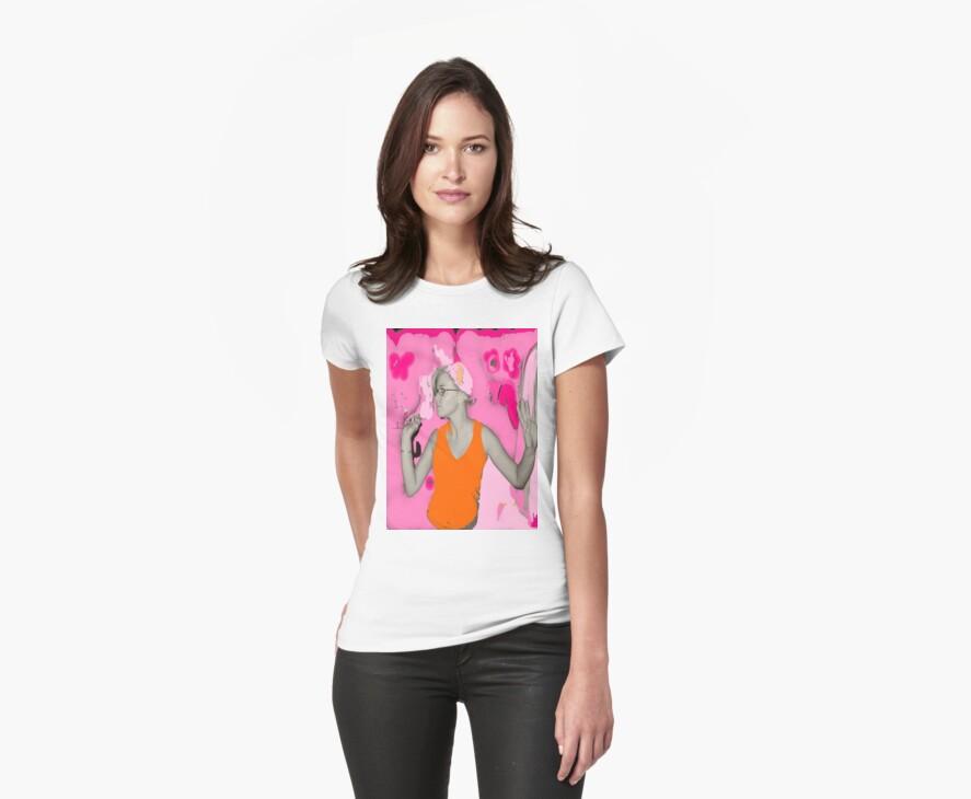 I Dream in Pink T-shirt by Amedori