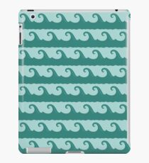 Cartoon waves seamless pattern iPad Case/Skin