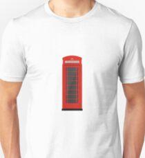 Cabina telefónica roja sobre fondo azul marino Unisex T-Shirt