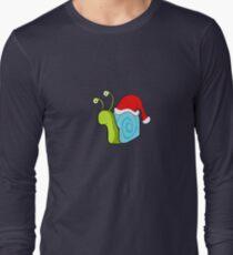 Snail guy xmas. Long Sleeve T-Shirt