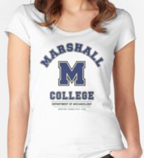 Indiana Jones - Marshall College Archaeology Department Variant Women's Fitted Scoop T-Shirt