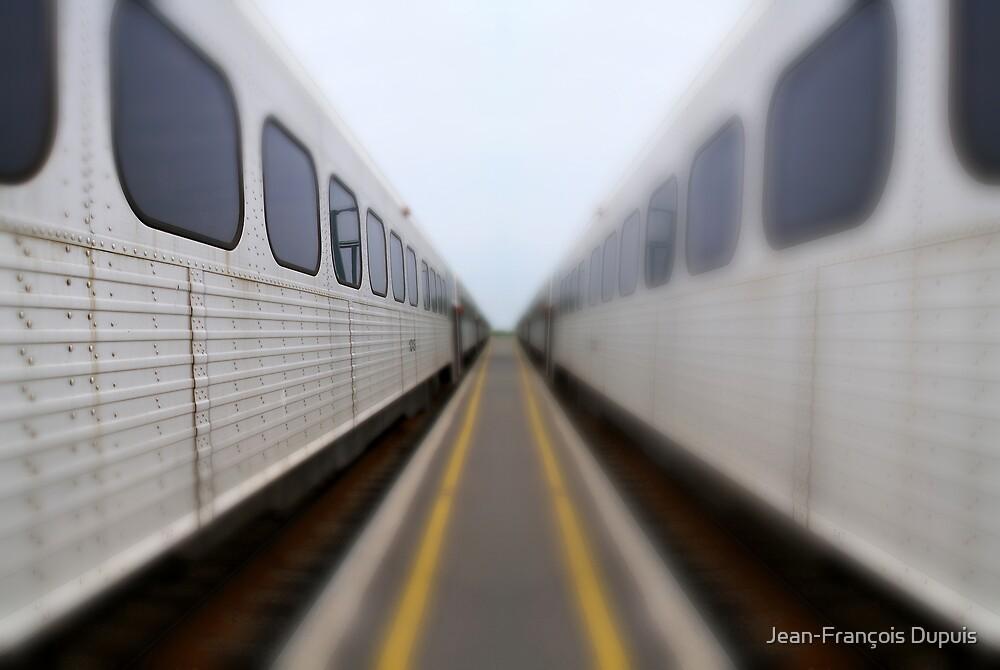 Train by Jean-François Dupuis