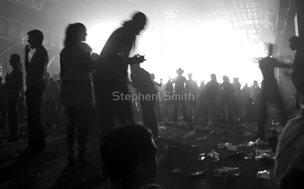 In to the light by Stephen  Smith