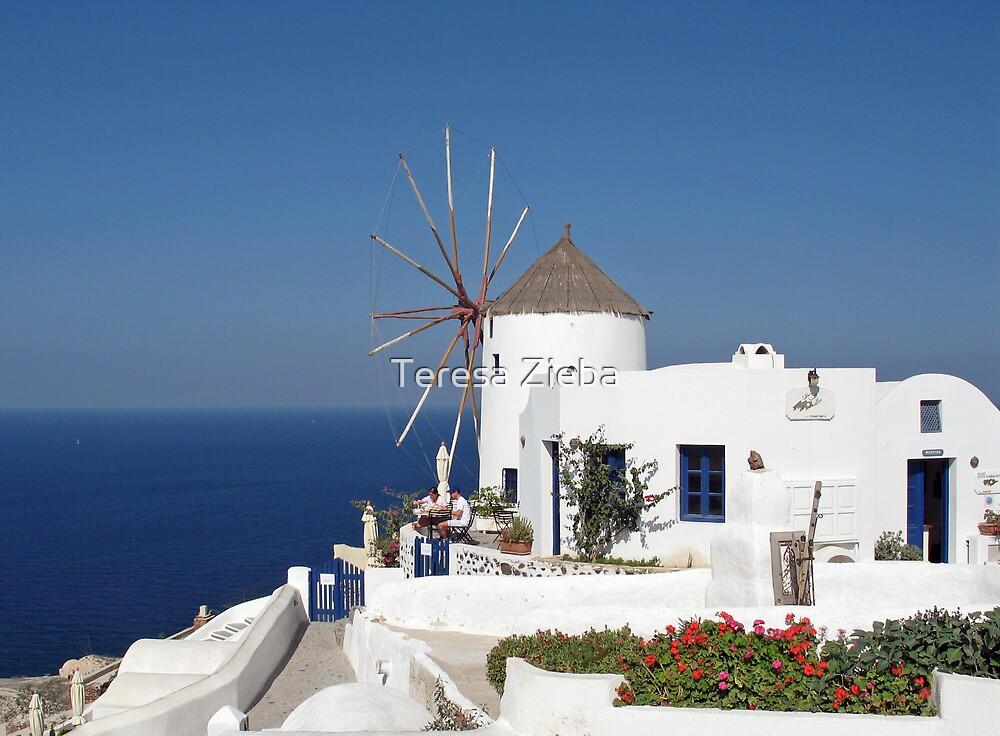 Santorini, Greece by Teresa Zieba