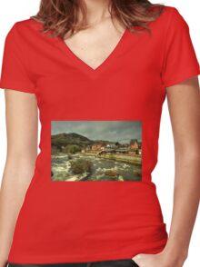 Llangollen Station  Women's Fitted V-Neck T-Shirt