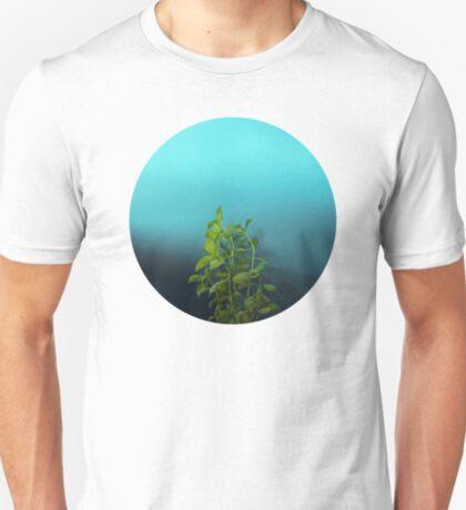 Schüchterner und charmanter Basilikum T-Shirt