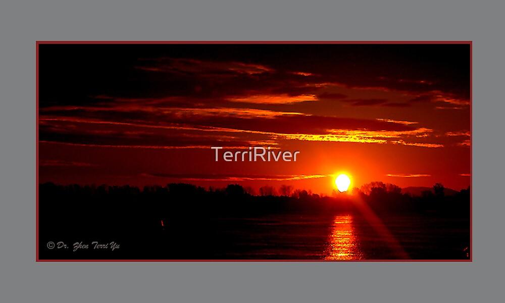 sunrise by TerriRiver