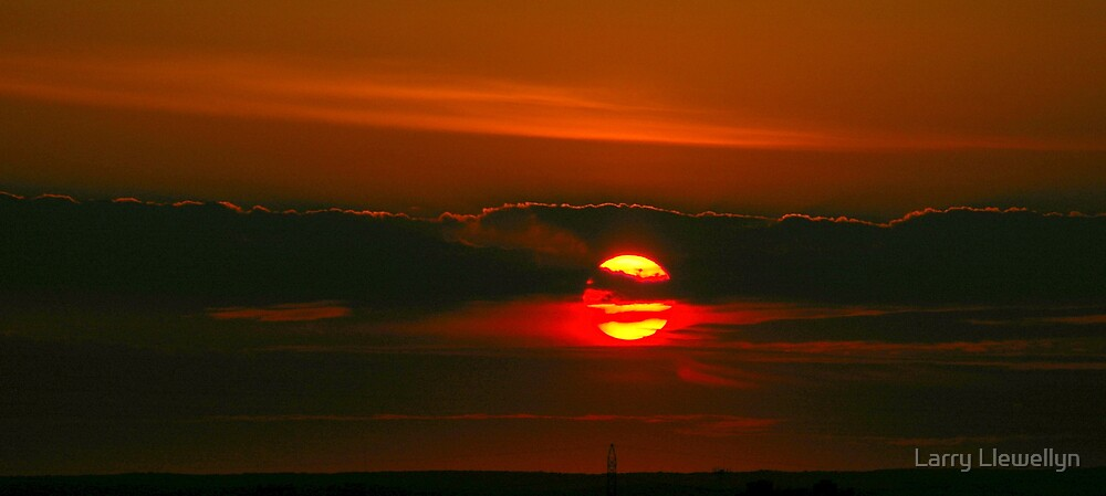 A Setting Sun.......... by Larry Llewellyn