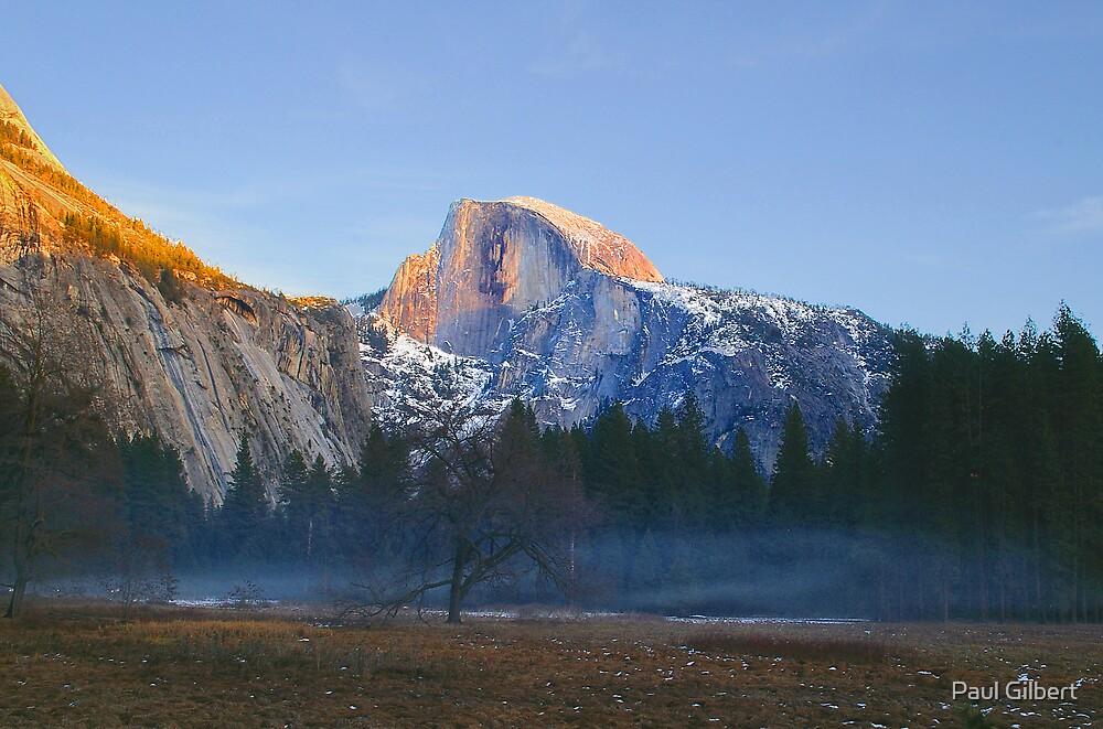 Half dome - Yosemite by Paul Gilbert