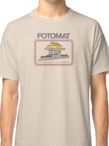 Fotomat (distressed) Classic T-Shirt