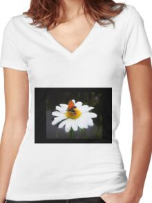 Daisy Days Women's Fitted V-Neck T-Shirt