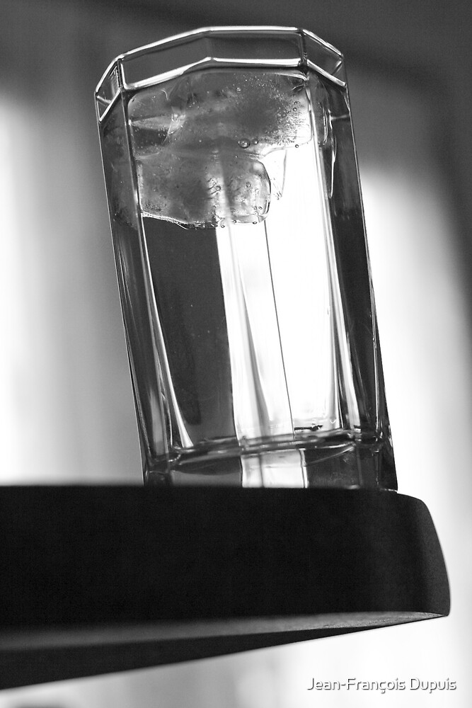 Glass of water by Jean-François Dupuis