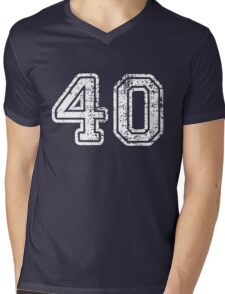 Retro Vintage 40 - 40th Birthday - 1940 - Sports Jersey Numbers Style  Mens V-Neck T-Shirt