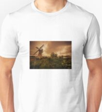 Thurne Wind Pump old master  T-Shirt