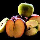 Apples by HGB21