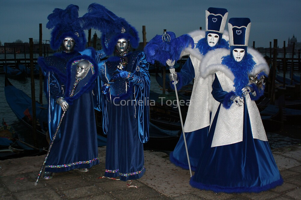 blue night couples by Cornelia Togea