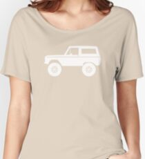 Lifted off-road 4x4 for Ford Bronco (1966-1977) offroad classic car enthusiasts Women's Relaxed Fit T-Shirt