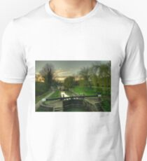 Berkhampsted Lock  T-Shirt
