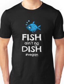 """Vegan T-Shirt """"Fish ain't no dish #vegan"""" Unisex T-Shirt"""