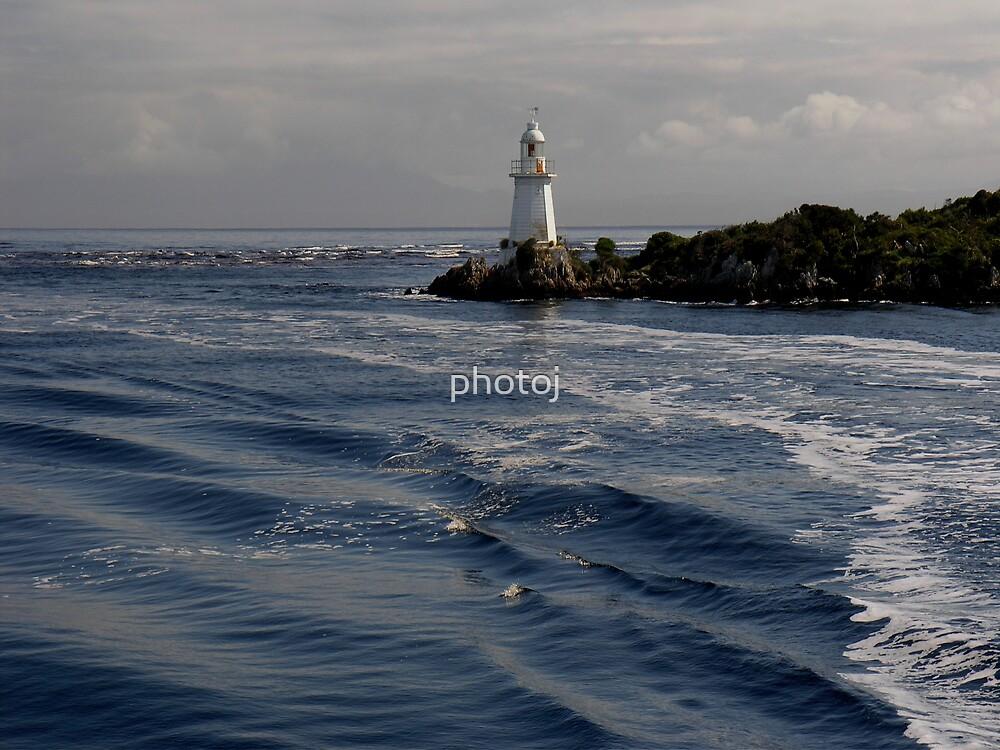 photoj Tas, Mcquarie Harbour  by photoj