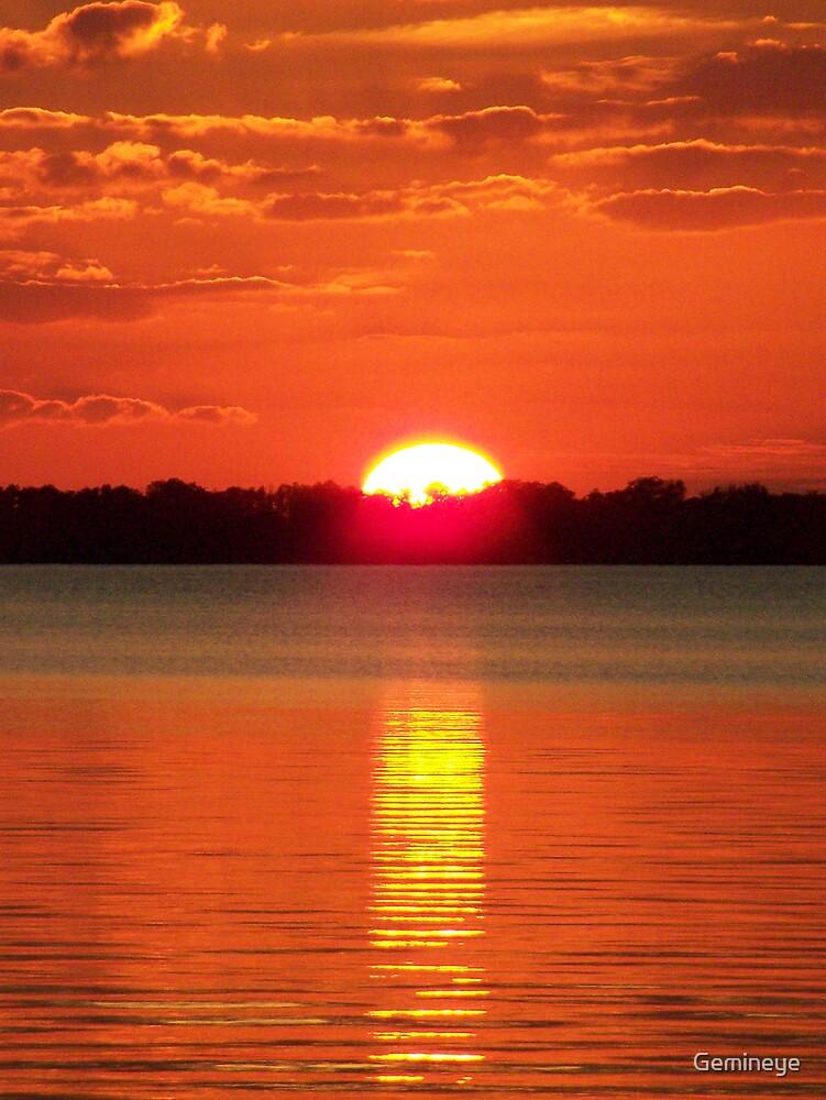 Goodnight Lake Minehaha by Gemineye