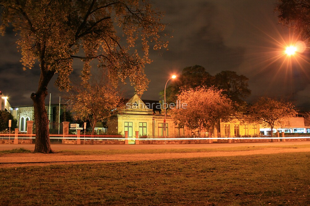 Streaking On South Terrace by saharabelle