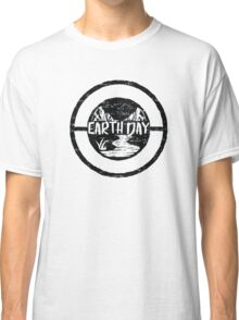 Earth Day - Environmentalism Conservationist Emblem Design Classic T-Shirt