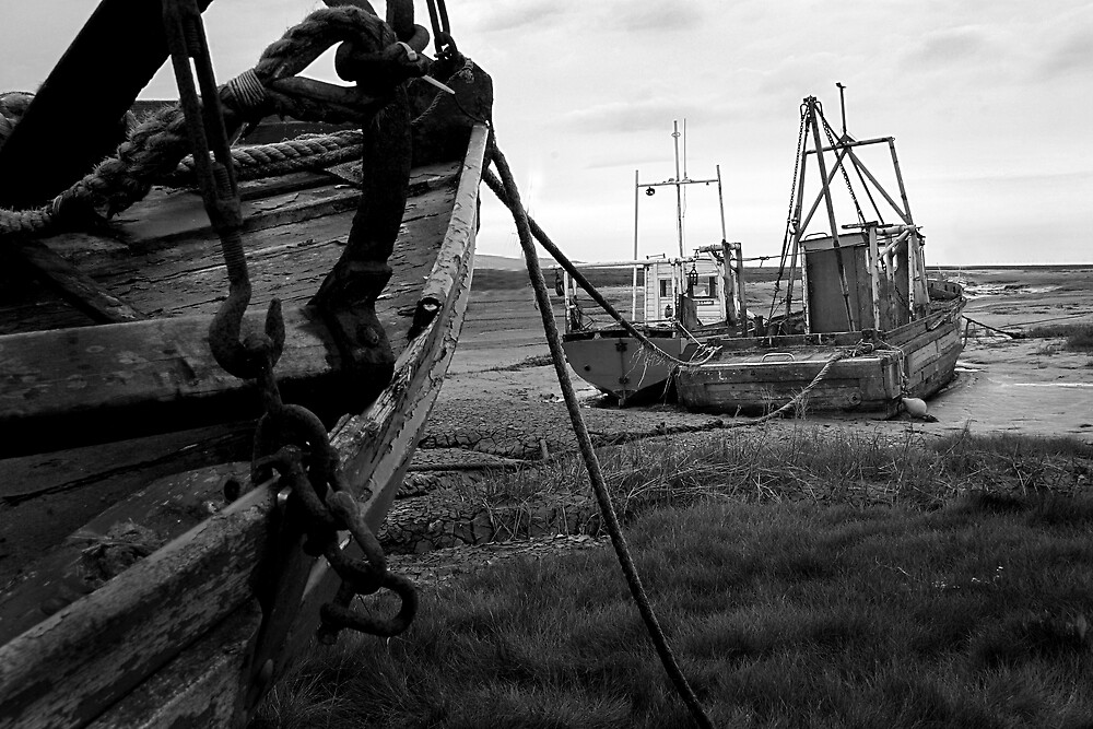 Old Boats 2 by Alan Hawkins