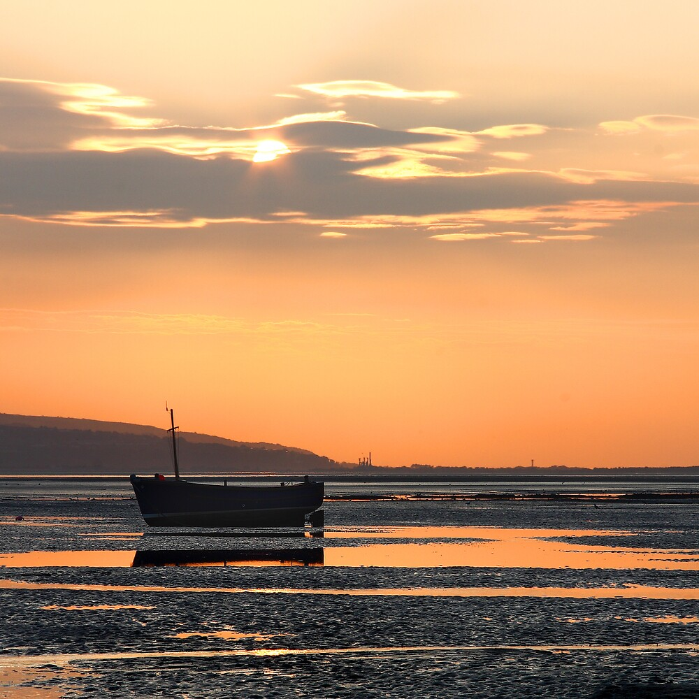 Sunset Boats 4 by Alan Hawkins