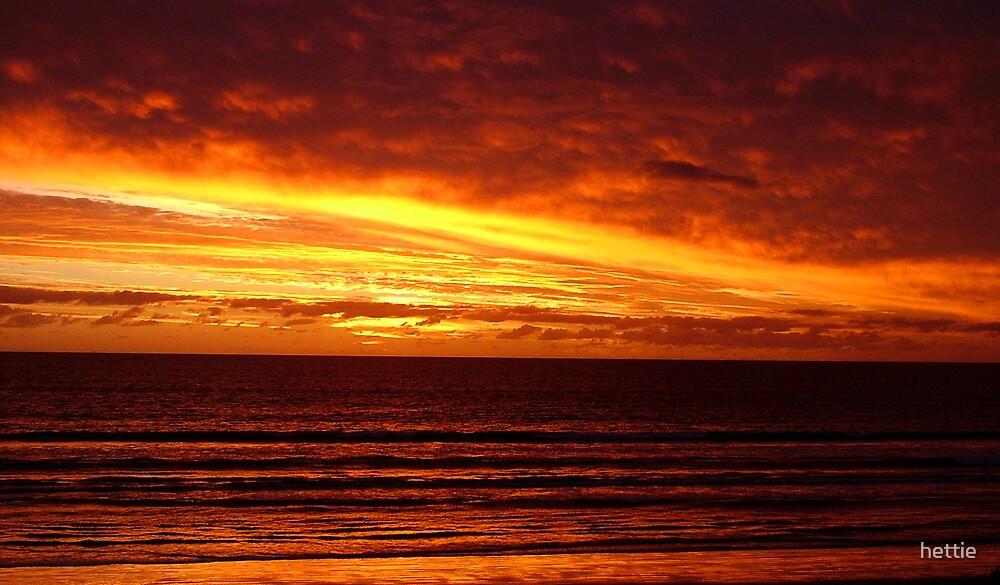 Fire sky by hettie