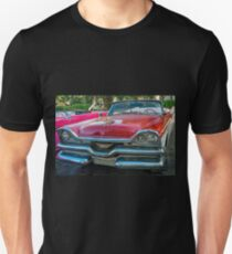 The old classic American car in Cuba Unisex T-Shirt
