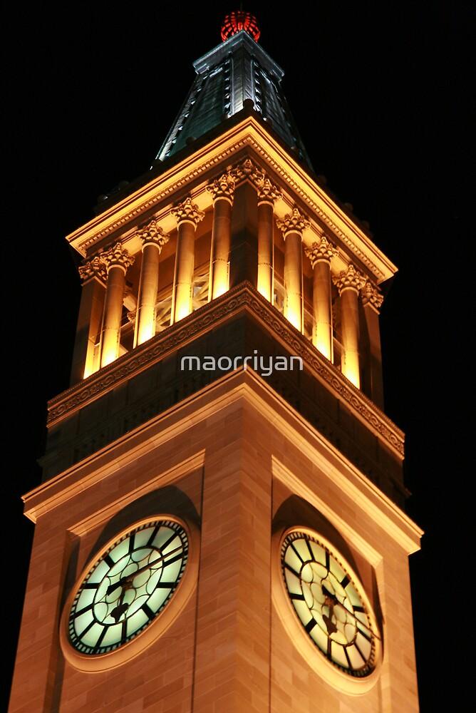Brisbane City Hall by maorriyan