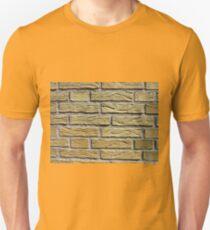 Details of yellow bricks T-Shirt