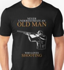 Never Underestimate Old Man Shooting T-shirts Unisex T-Shirt