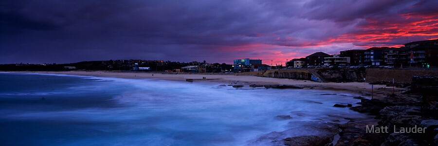 Maroubra Beach by Matt  Lauder