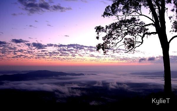 Sunrise by KylieT