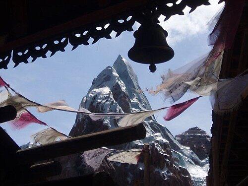 Everest by Matthew Williams