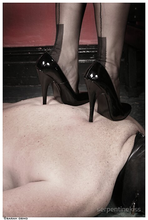 Flesh and Stilettos by serpentinekiss